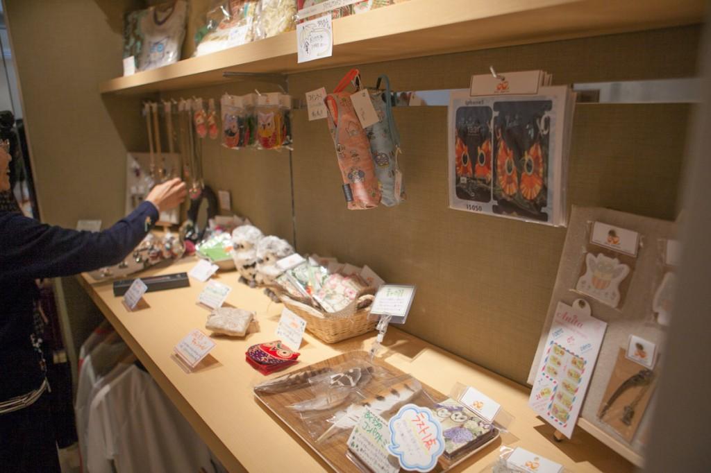 福冈的猫头鹰咖啡店